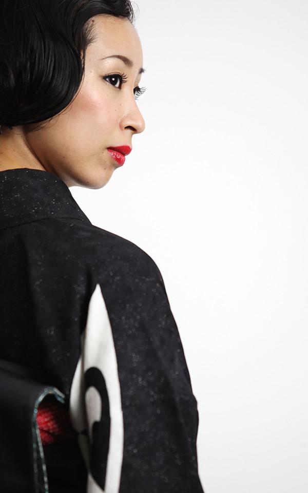 民謡歌手 加賀山紋